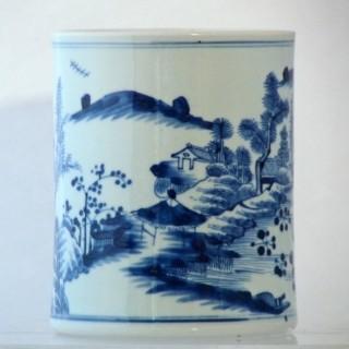 KANGXI BLUE AND WHITE PORCELAIN BRUSH POT