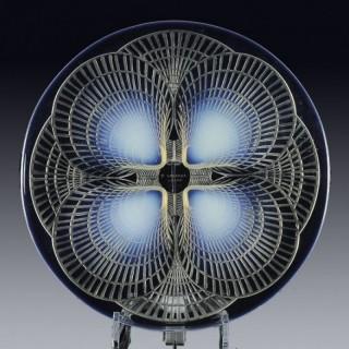 Coquilles No. 1 - Opalescent Art Deco Glass Plate by René Lalique