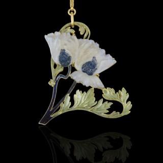 Art Nouveau 'Pavots' Gold, Plique-A-Jour Enamel & Opalescent Glass Pendant By Rene Lalique circa 1897