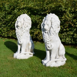 Two magnificent 19th century Italian seated marble lions