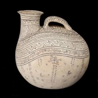 A Daunian Decorated Pottery Askos