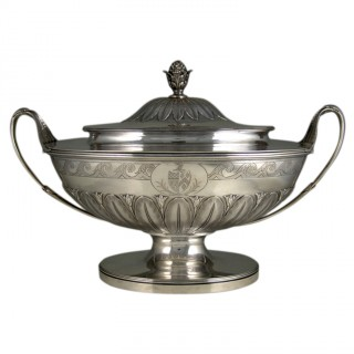 Antique silver superb George III neo-classic soup tureen