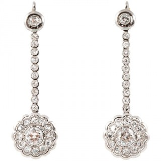 1920s Elegant Diamond Platinum Drop Earrings