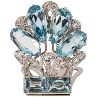 1940s Aquamarine Diamond Gold Single Clip Brooch