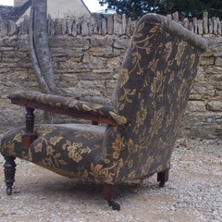 Antique Chair by Gillow of Lancaster and London (c. 1870	London)