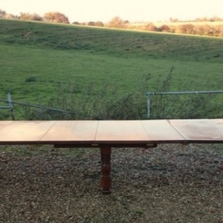 19th Century Extending DIning Table (c. 1860England)