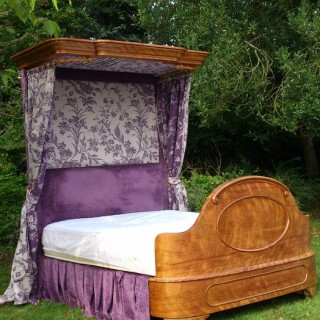 Antique Bed (1850 to 1870	united kingdom)