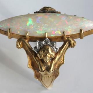 Art Nouveau Ring 'Bat Maiden'