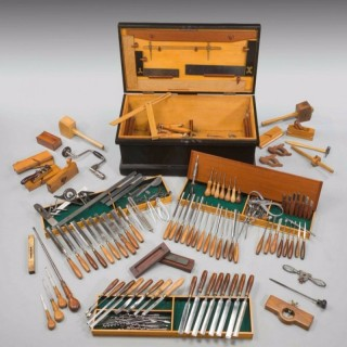 EARLY 20TH CENTURY CABINETMAKERS FITTED WOODEN BOX