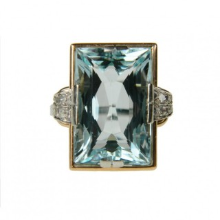 Antique Aquamarine and Diamond Ring