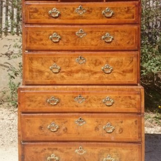 Early 18th Century Burr Walnut Antique Chest On Chest