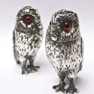 Victorian Silver Owl Peppers