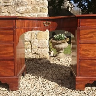 Exceptional Quality Pedestal Desk