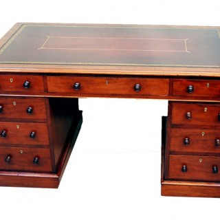 Antique 19th Century Mahogany Pedestal Desk