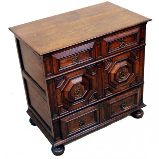 Oak Moulded Front Chest Of Drawers