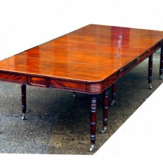 Antique Regency Mahogany Extending Dining Table