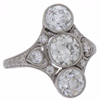 Edwardian Three-Stone Diamond and Platinum Dinner Ring