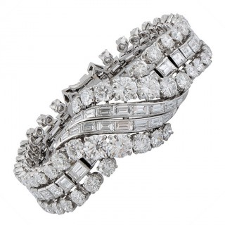 1950s Boucheron Paris Important Diamond Platinum Bracelet