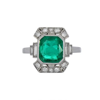 Art Deco Colombian Emerald and Diamond Ring