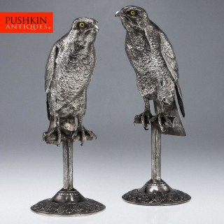 ANTIQUE 20THC GERMAN SOLID SILVER PAIR OF MASSIVE FALCONS ON STANDS, HANAU C1910