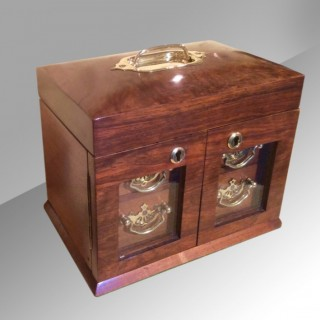 Fabulous Quality Figured Walnut Antique Jewellery Box?
