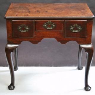 A Fine George II Mahogany 3 Drawer Lowboy Side Table
