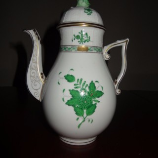 Herend Porcelain Coffee Pot in the Apponyi Pattern