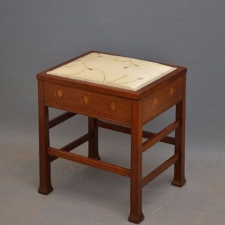 Stylish Art Nouveau Stool in Mahogany