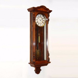 Antique Walnut timepiece Vienna Regulator