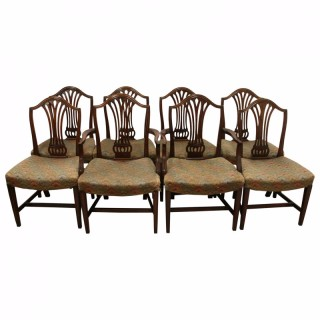 Set of 8 Hepplewhite Style Mahogany Dining Chairs
