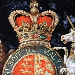 A Very Fine & Decorative Mid 19thC Verre Églomisé Armorial Panel of the Royal Coat of Arms