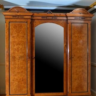 Victorian 3 Door Wardrobe in Pollard Oak