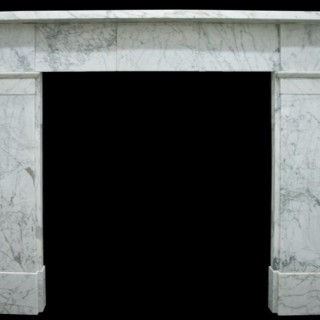 Early Victorian Carrara marble fireplace surround