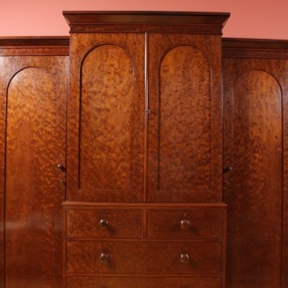 Early Victorian Wardrobe in Mahogany