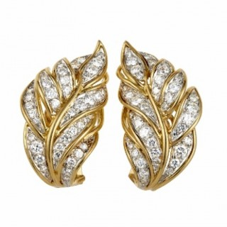 Andre Vassort Diamond and 18ct Yellow gold Earclips