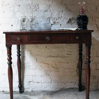 A Good Quality Regency Mahogany Side Table c.1815