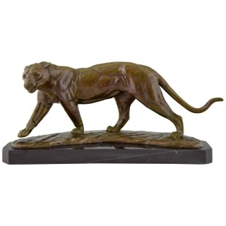 Art Deco bronze panther on marble base.