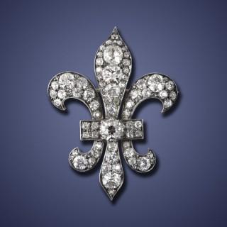 Victorian Fleur De Lys Broach/Pendant