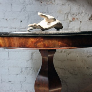 A Good French Louis Philippe Period Fossilised Marble & Flame Mahogany Guéridon c.1835