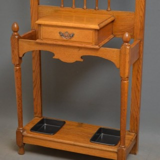Stylish Arts and Crafts Hall Stand in Oak