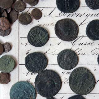 An Interesting Mixed Hoard of 543 Roman Coins 3-4thC AD