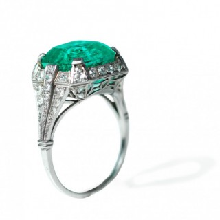 Deco Emerald & Diamond Ring