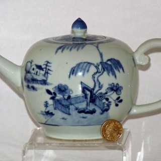 Nanking Cargo Blue and White Tea pot