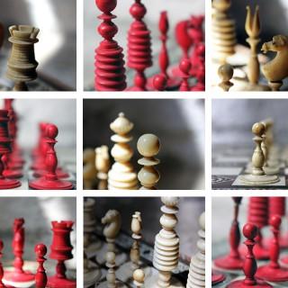 A Good English 'Washington' Pattern Turned Ivory Chess Set c.1800-20