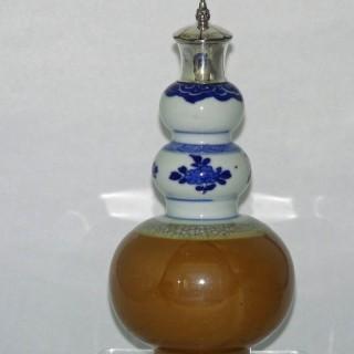 Kangxi  Triple Gourd vase