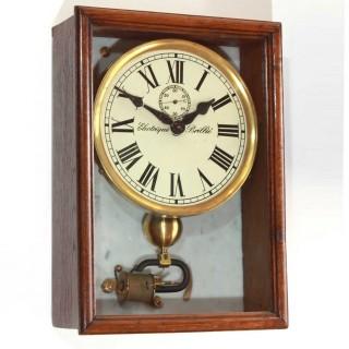 Brillié Electric Wall Clock