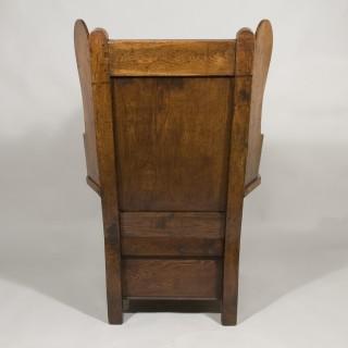 An18th Century Oak Lambing Chair