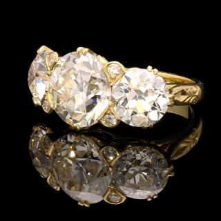 An Old European-Cut Diamond Three Stone Ring in 18ct Gold By Hancocks