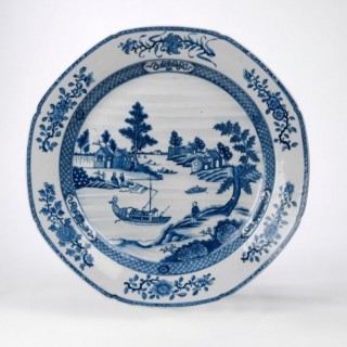 A LARGE CHINESE BLUE AND WHITE CHARGER