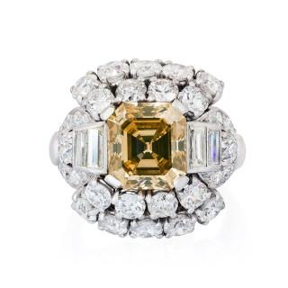 COGNAC COLOUR ASSCHER CUT DIAMOND RING
